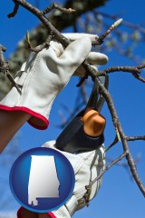 alabama map icon and a tree being trimmed with pruning shears